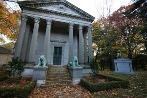 Mount_Pleasant_Cemetery,_Eaton,_Toronto_3121