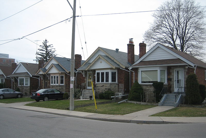 800px-East_York_Bungalows