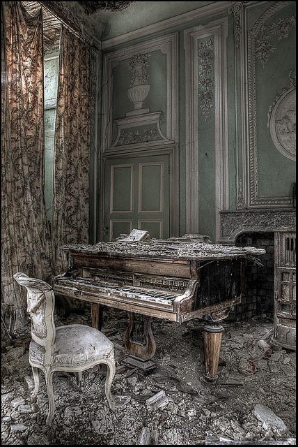 abandoned-13